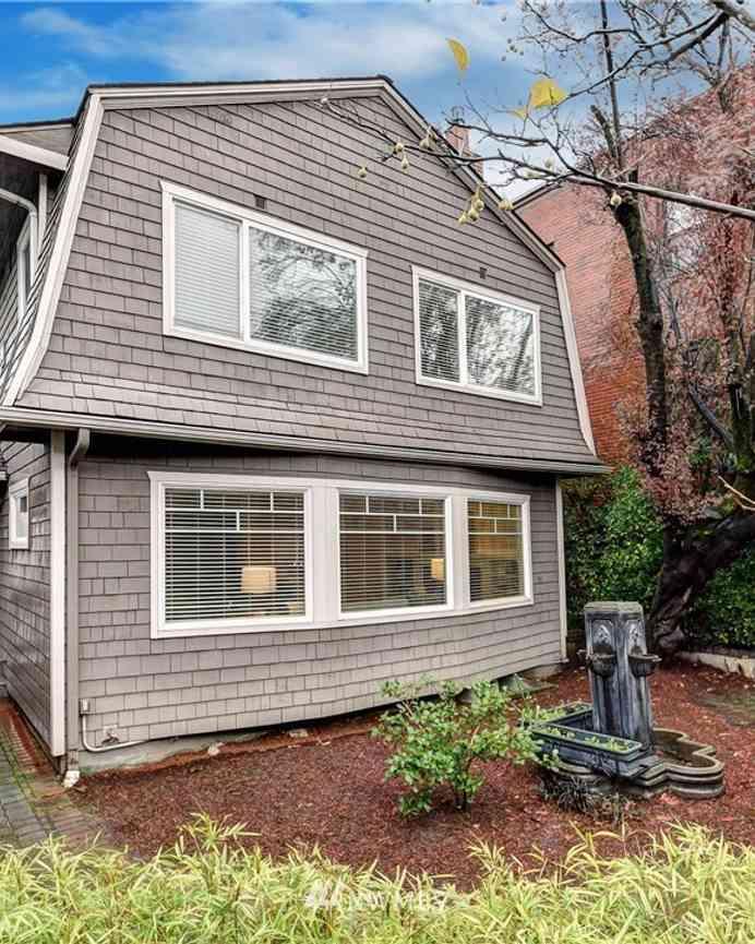 2033 Boylston Avenue E, Seattle, WA, 98102,