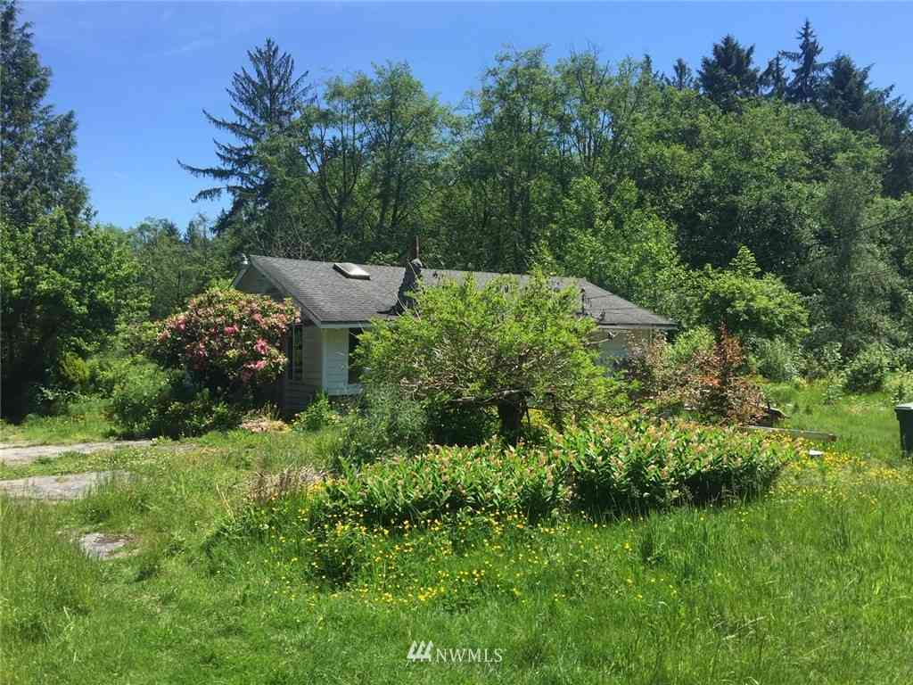 16911 Ash Way, Lynnwood, WA, 98037,