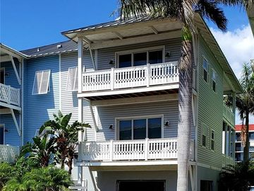 19132 WHISPERING PINES DRIVE, Indian Shores, FL, 33785,
