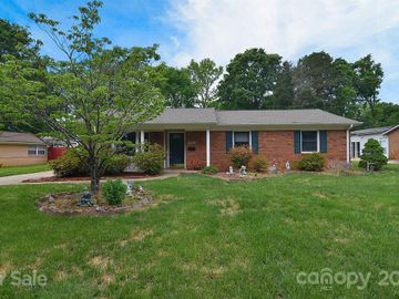 6337 Covecreek Drive, Charlotte, NC, 28215,