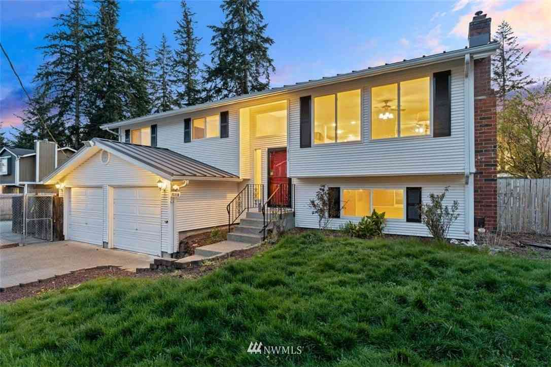 16810 17th Court E, Spanaway, WA, 98387,