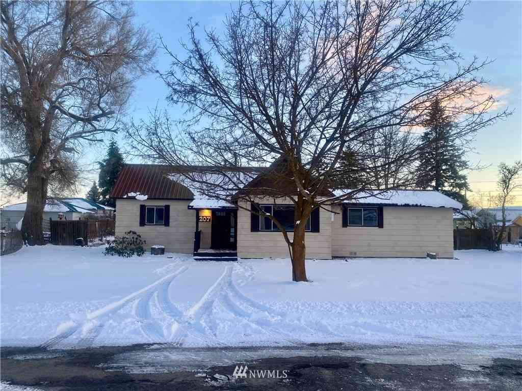 1207 Washington Street, Davenport, WA, 99122,