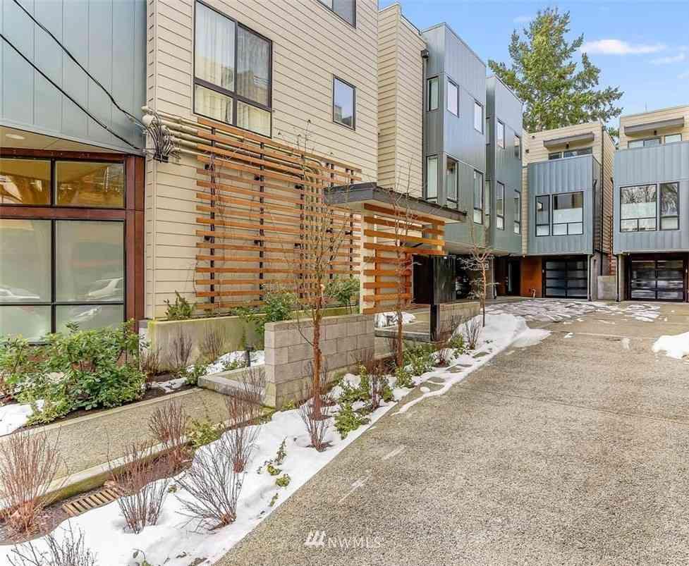 1117 34th Avenue #C, Seattle, WA, 98122,