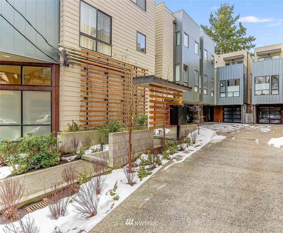 1117 34th Avenue #C, Seattle, WA, 98122,