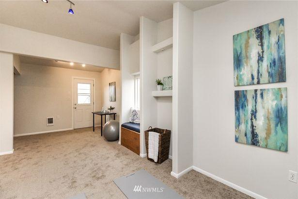 1472 S 303rd Street