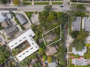 2114 W SOUTHVIEW AVENUE, Tampa, FL, 33606,