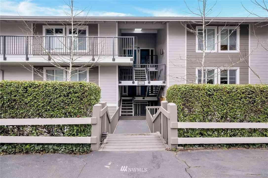 3224 80th Avenue SE #6, Mercer Island, WA, 98040,