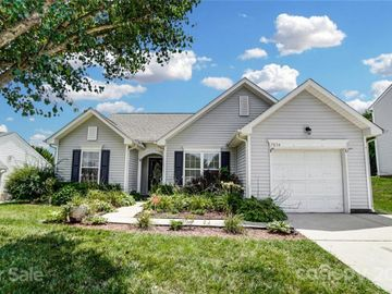7034 Blithe Low Place, Charlotte, NC, 28273,