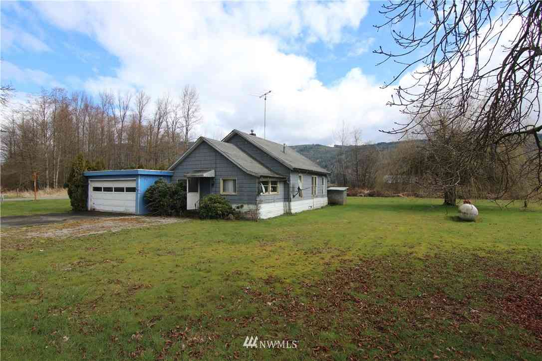 2890 Valley Highway, Deming, WA, 98244,