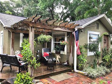 825 CAROLINA AVENUE, Tarpon Springs, FL, 34689,