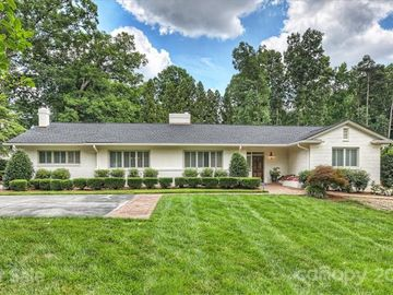 2111 Ferncliff Road, Charlotte, NC, 28211,