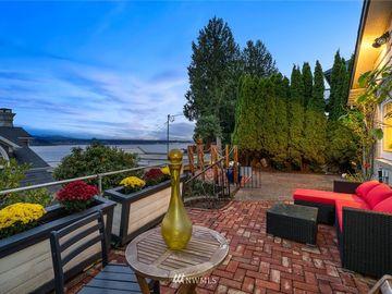 8416 Island Drive S, Seattle, WA, 98118,