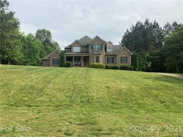 5139 Stockbridge Drive, Mount Holly, NC, 28120,