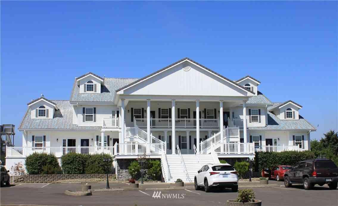 855 Ocean Shores Boulevard NW #202, Ocean Shores, WA, 98569,