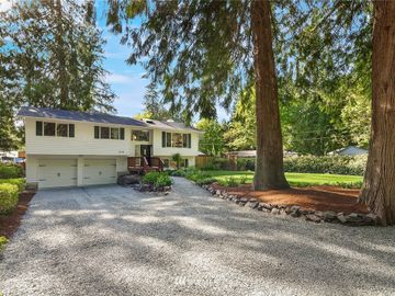 17119 194th Avenue NE, Woodinville, WA, 98077,