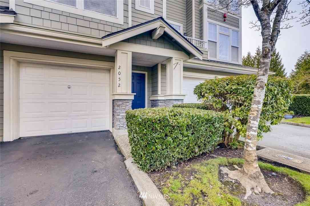 2052 Newport Way NW #18-3, Issaquah, WA, 98027,