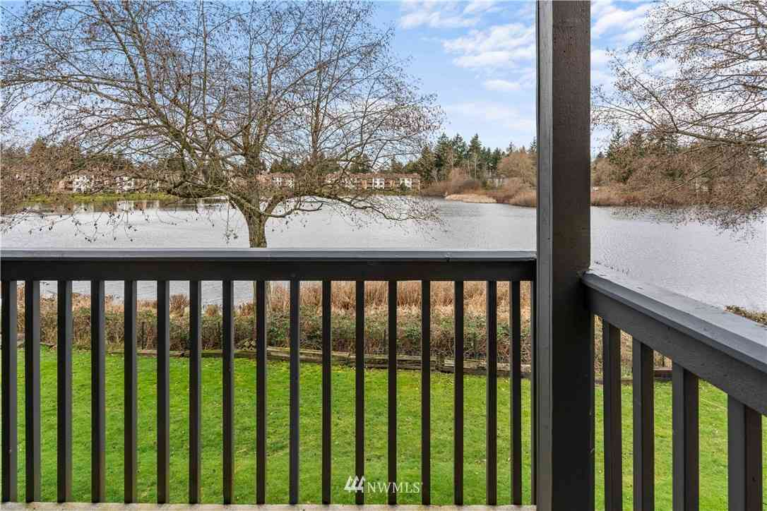 31003 14th Avenue S #D10, Federal Way, WA, 98003,