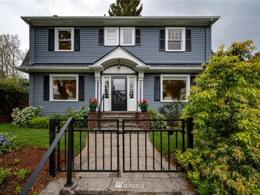 802 W Garfield Street, Seattle, WA, 98119,