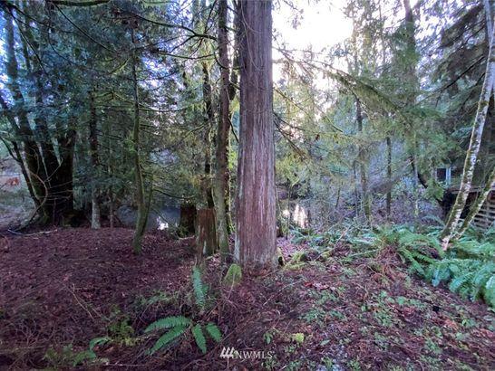 16984 Wood Road