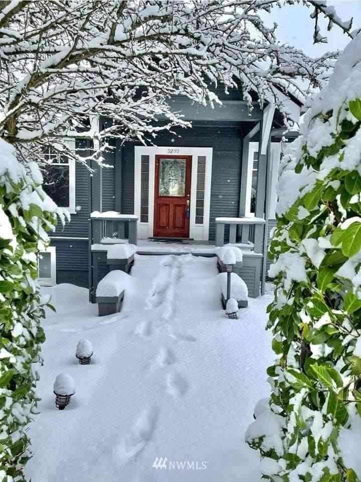 9200 7th Avenue NW, Seattle, WA, 98117,