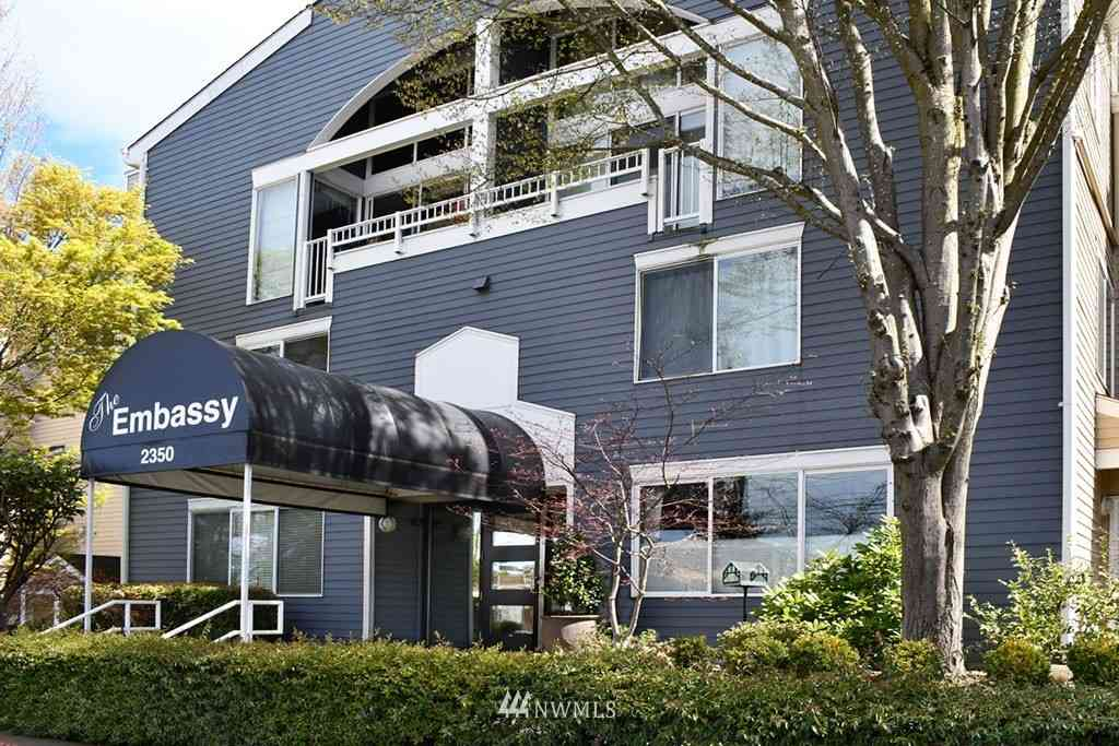 2350 10th Avenue E #103, Seattle, WA, 98102,