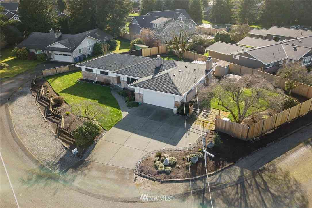 922 19th Street NW, Puyallup, WA, 98371,