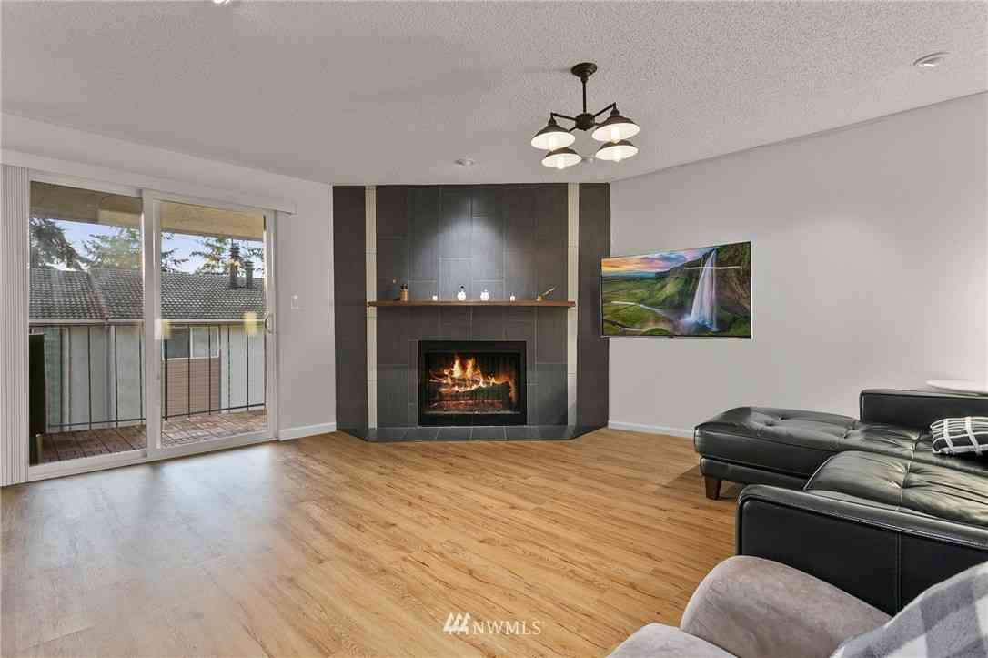 12818 SE 41st Lane #B203, Bellevue, WA, 98006,