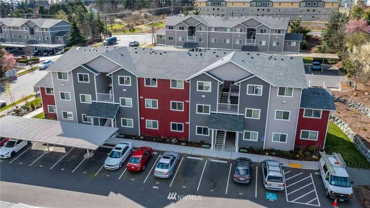 1651 SW Mulberry Place #E103, Oak Harbor, WA, 98277,