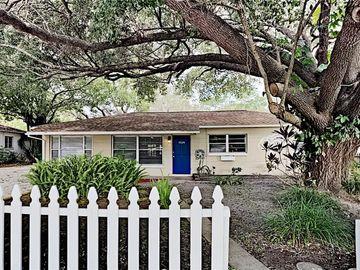 10324 N OAKLEAF AVENUE, Tampa, FL, 33612,
