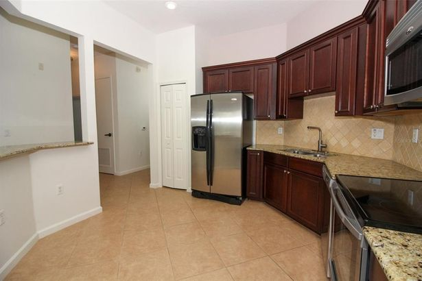 4385 WARDELL PLACE #302
