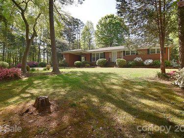 1649 Marlwood Circle, Charlotte, NC, 28227,