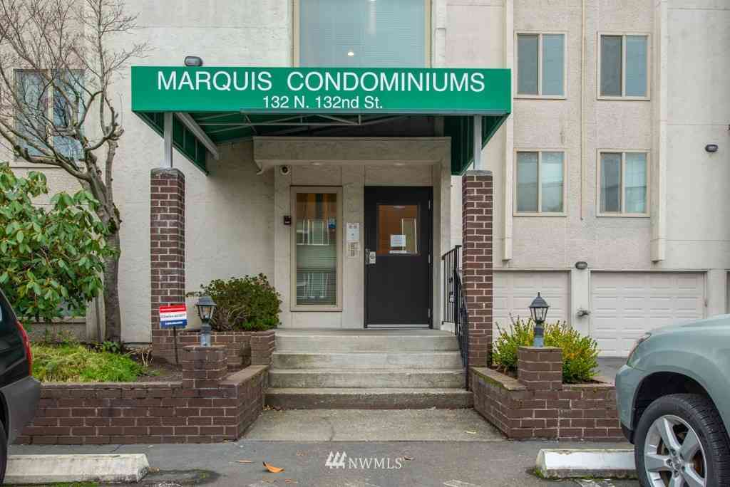 132 N 132nd Street #202, Seattle, WA, 98133,