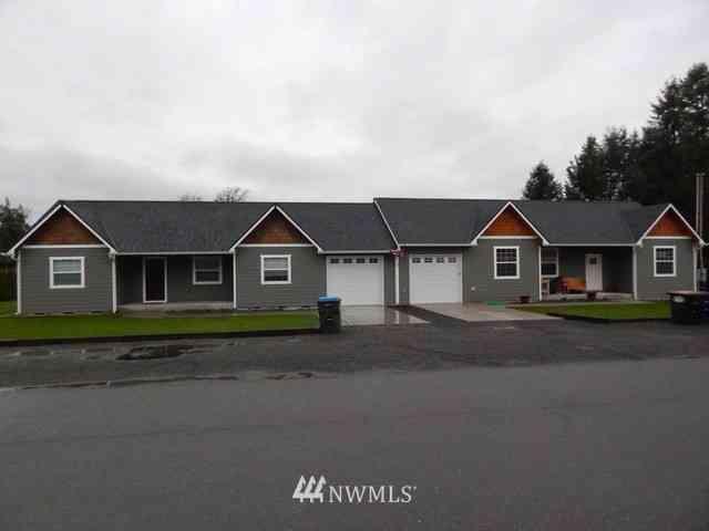 105 Central Avenue #A & B, Onalaska, WA, 98570,