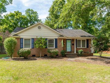 3854 Litchfield Road, Charlotte, NC, 28211,