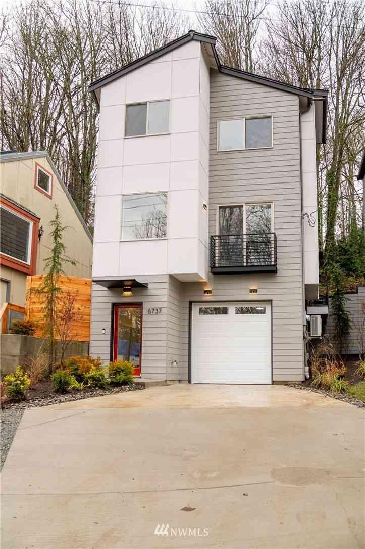6737 SW 25 Avenue SW, Seattle, WA, 98106,