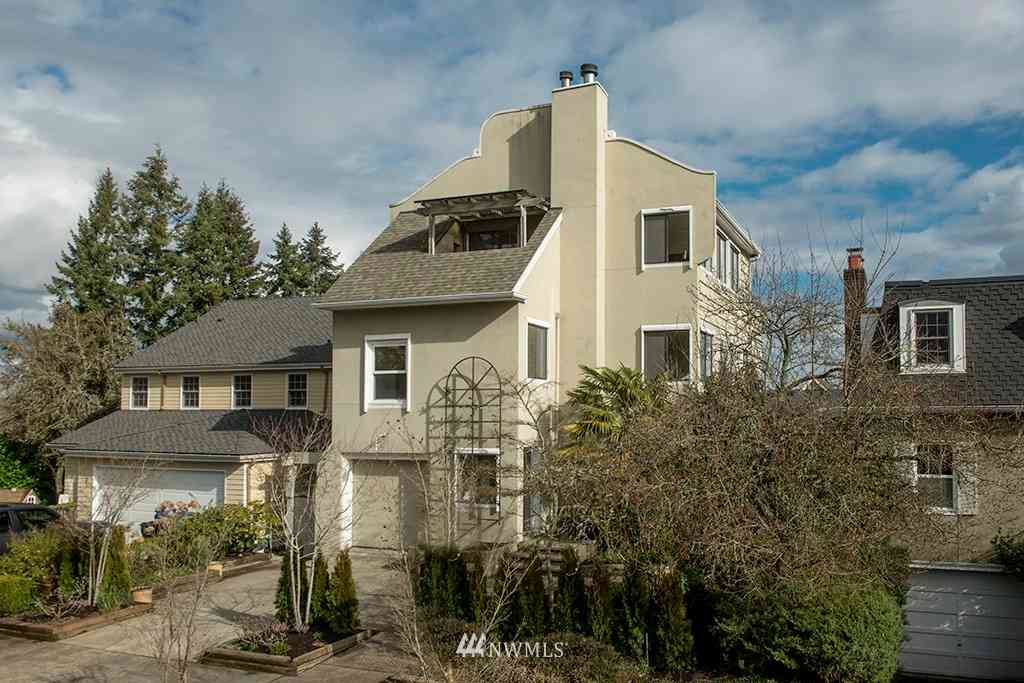 4552 51st Avenue NE, Seattle, WA, 98105,