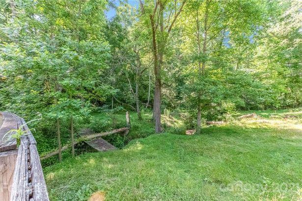 1135 Brook Path Trail