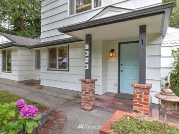 9323 Forest Court SW, Seattle, WA, 98136,