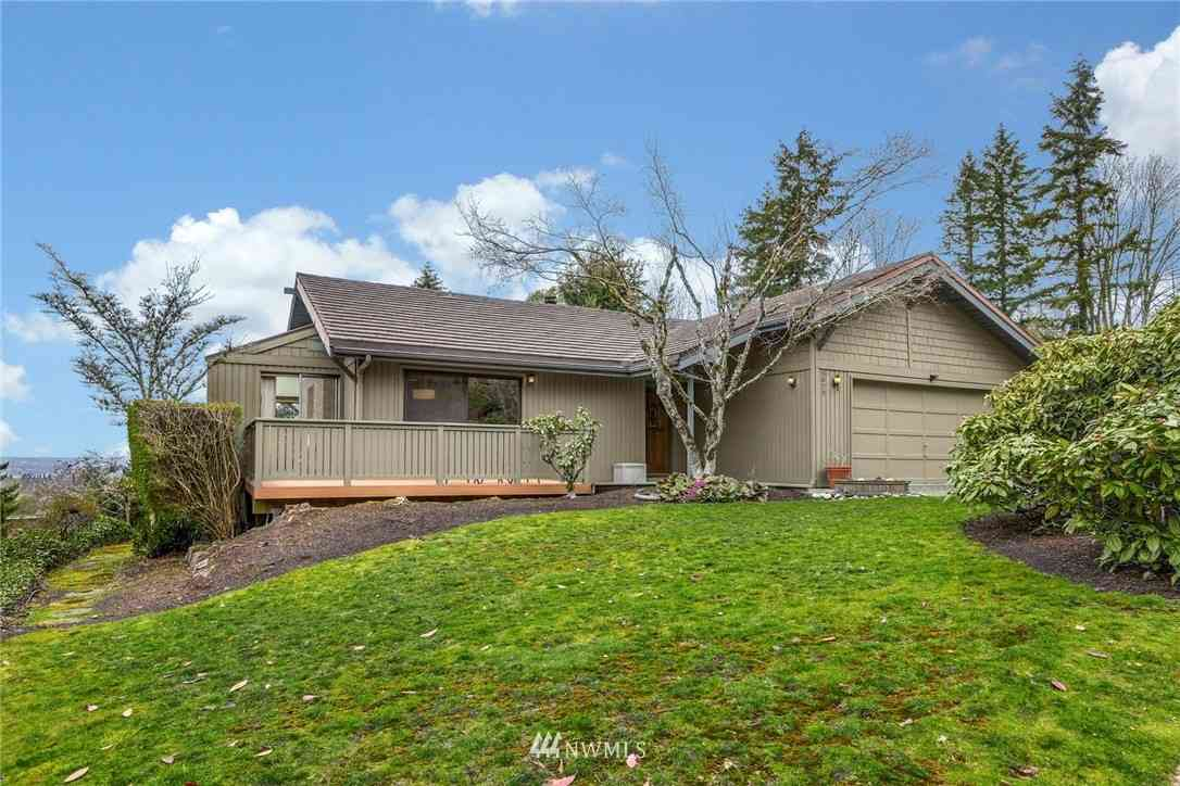 5829 145th Place SE, Bellevue, WA, 98006,