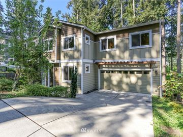 8811 130th Avenue NE, Kirkland, WA, 98033,