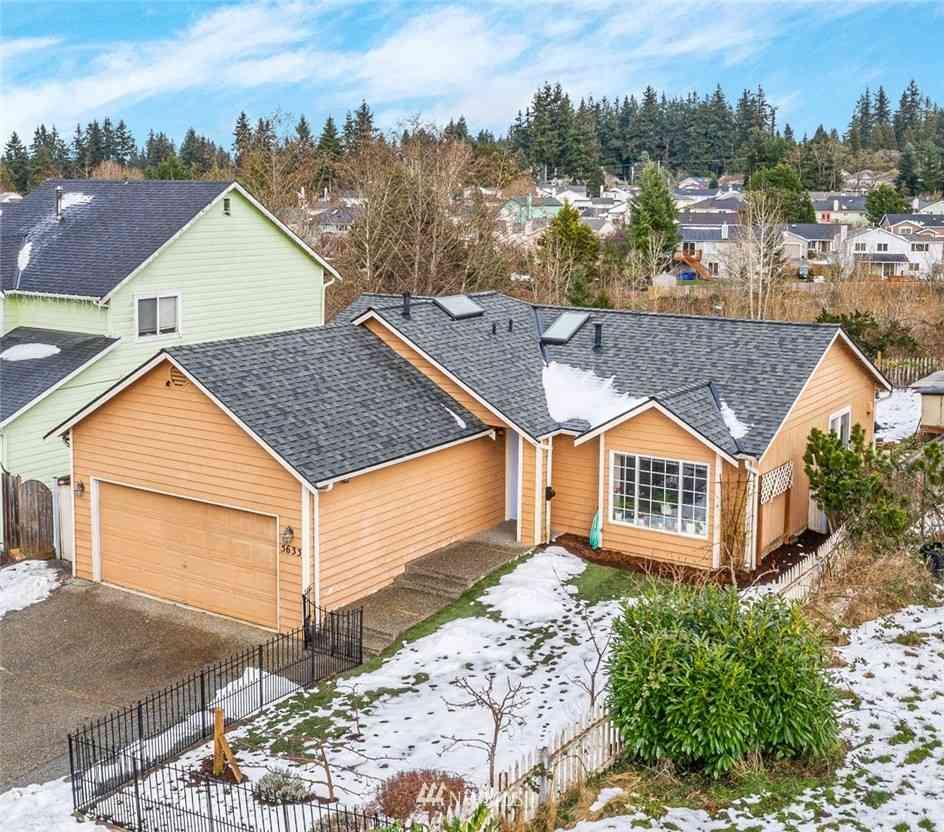 5633 1st Drive W, Everett, WA, 98203,