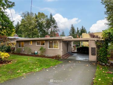 1310 102nd Avenue NE, Bellevue, WA, 98004,