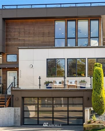 5359 SW Manning Street Seattle, WA, 98116