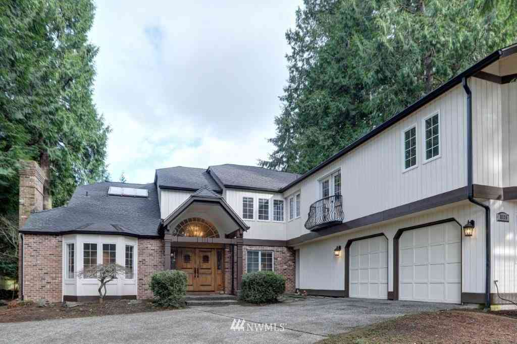 1125 142nd Place NE, Bellevue, WA, 98007,