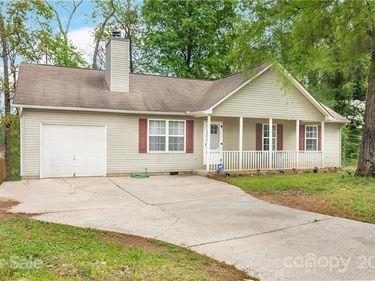 8029 Heatherdale Court, Charlotte, NC, 28212,