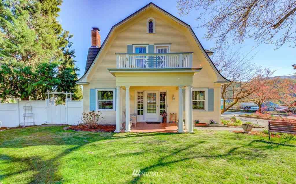 529 Lower Sunnyslope Road, Wenatchee, WA, 98801,