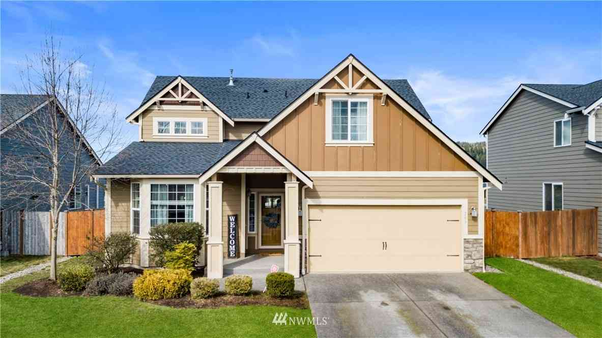 203 Balmer Street SW, Orting, WA, 98360,