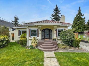8415 9th Avenue SW, Seattle, WA, 98106,