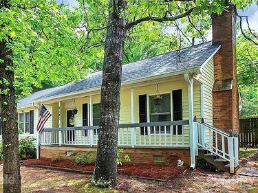 8100 Barncliff Road, Charlotte, NC, 28227,