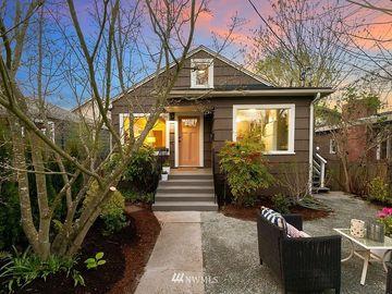 810 W Argand Street, Seattle, WA, 98119,